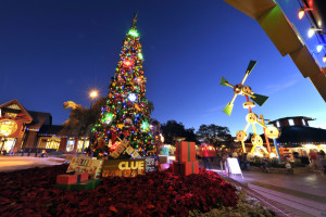 Holidays at Disney Springs' Will Offer Familiar Favorites and ...