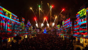 Disneyland-Forever-111111