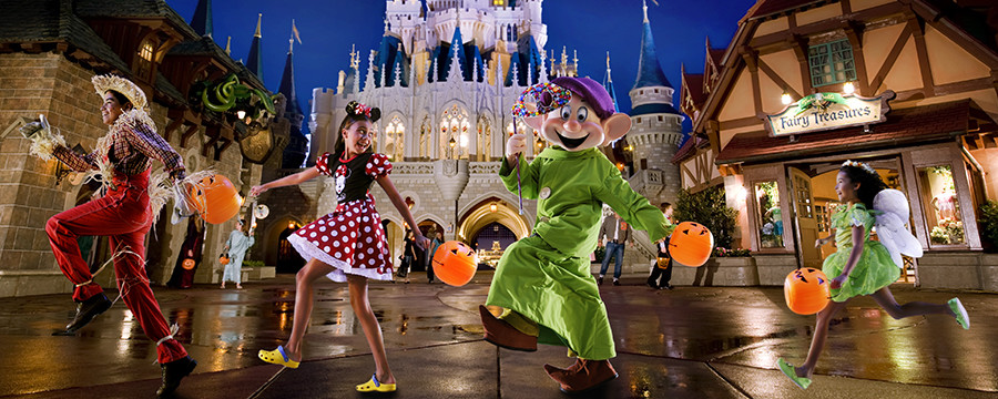 2017 Holiday Party Dates Announced for Halloween and Christmas at Walt Disney World